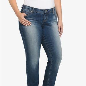 Torrid Boyfriend Jeans 22R